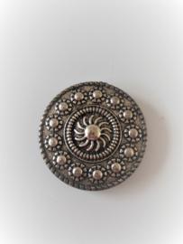 Zilverkleurige magneet broche (zilverkleurig | Zeeuwse knop)