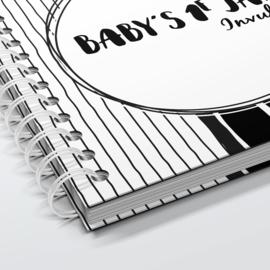 Baby's 1e jaar - Hardcover Wire-O (Zwart/Wit)