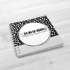 Mijn Brabbels en Uitspraken Invulboek - Hardcover Wire-O (Zwart-Wit)