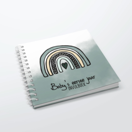 Baby's 1e jaar - Hardcover Wire-O (Oud Groen)