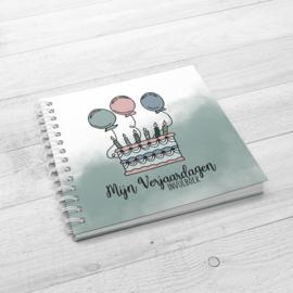 Mijn Verjaardagen Invulboek - Hardcover Wire-O (Oud Groen)