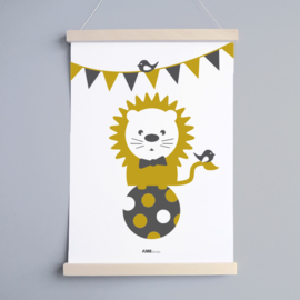 Poster babykamer oker | leeuw circus