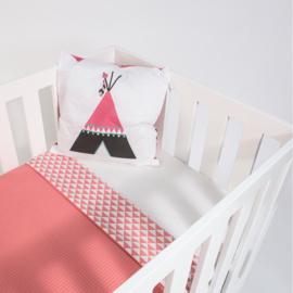 Ledikantdeken roze | driehoek