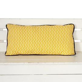Kussen okergeel zigzag | wafelstof | 50 x 25 cm