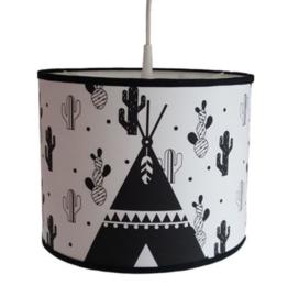 Lamp babykamer monochrome | Tipi