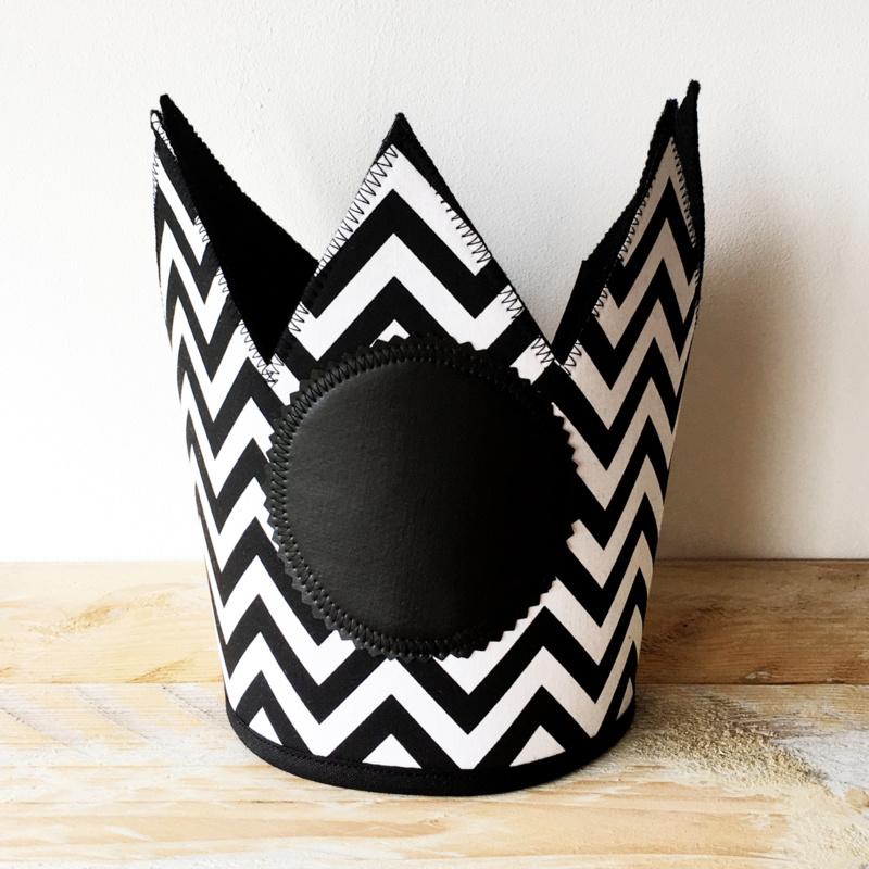 Vilten verjaardagskroon | Zwart-Wit | Zigzag
