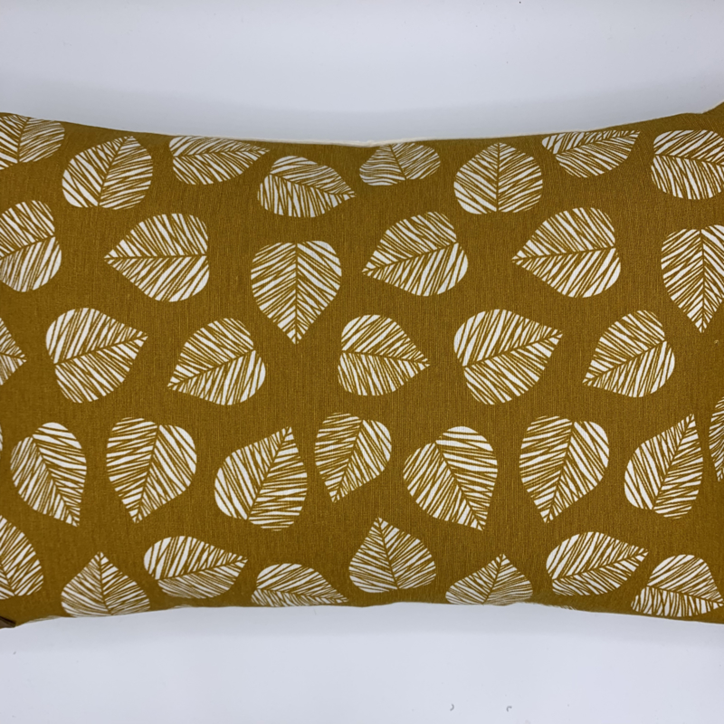 Leaf kussen oker - formaat 30 x 50 cm
