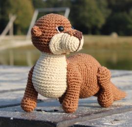 Haakpatroon Otter Mira MINI