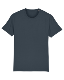 India in grey t-shirt