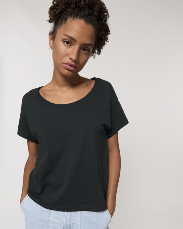 Black loose tee for her