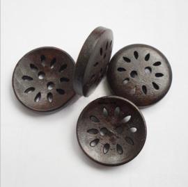 Houten knopen, opengezaagd motief, 25 mm
