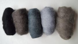 Gekaarde wol assorti zwart grijs blauw (nr 63)