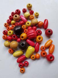 Houten kralen, 'herfst' , diverse maten en vormen, 57 stuks (RKB)