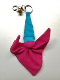 Knuffelpopje (sleutel)hanger flanel roze/licht blauw
