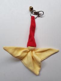 Knuffelpopje (sleutel)hanger flanel geel/rood