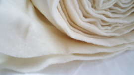 Dik naaldvilt, wit, merino, vanaf 1/2 meter