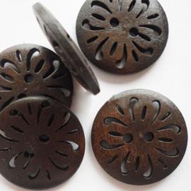 Houten knopen, opengezaagd motief, 23 mm
