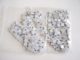 Opplakbare wiebeloogjes 5 mm, per 10 stuks