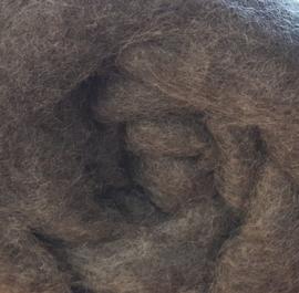 Gekaarde wol, gotland, gemeleerd grijs, ongeverfd (37)
