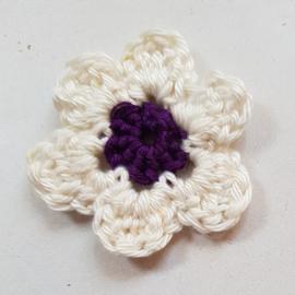 Gehaakte bloemetjes ca 4,5 cm (GH254)