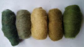 Gekaarde wol assorti aardse groene kleuren (nr 51)