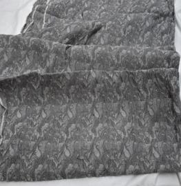 Stretchie reliefstof, (wol?) 115x510cm