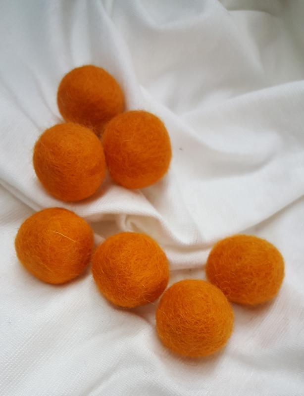 Wolviltkralen ca 20 mm, oranje