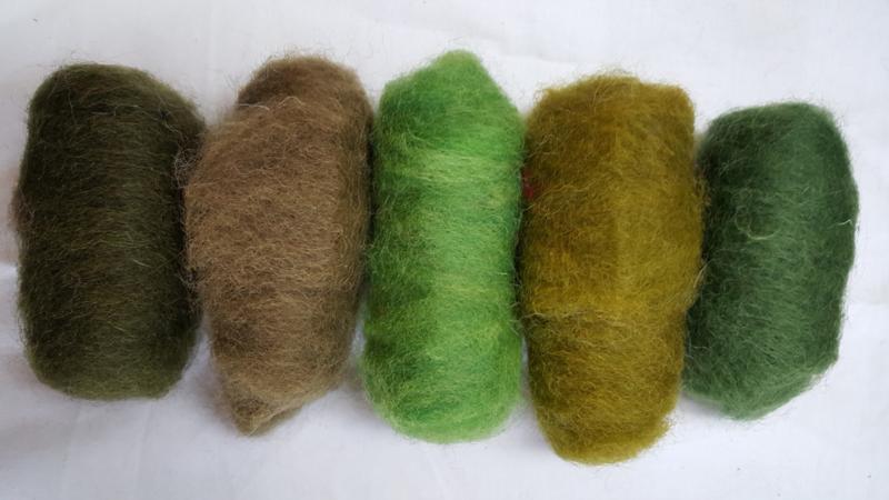 Gekaarde wol assorti groene kleuren (nr 42)