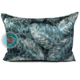 Turquoise kussenhoes met mooie veren/bladeren print ± 50x70cm