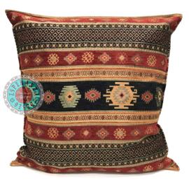 Aztec zwart en rood kussen ± 70x70cm