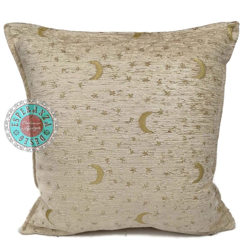 Creme kussen - Stars and moons ± 45x45cm
