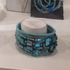 Kraaltjes&parelmoer armband