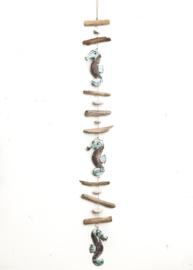 Driftwood guirlande 'zeepaardjes'