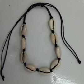 Schelpen armbandje/enkelbandje creme of zwart