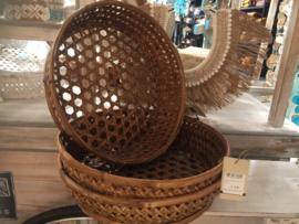 Fijne bamboe mand voor op tafel