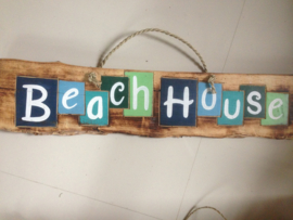 Sign_Beachhouse