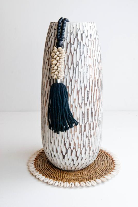 ketting (zwart) houten kralen en schelp