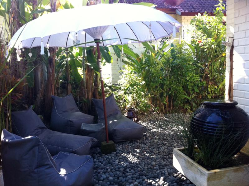 Stevige all weather zonne ligbed zitzak Bali Styling