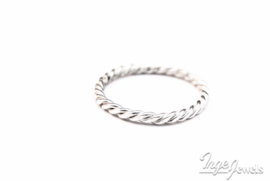 Sterling Silver 1,5mm ring infinity twist ring