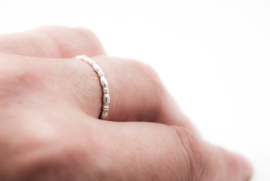 Sterling silver 2mm egg wire ring