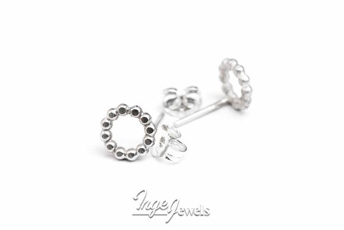 Handgemaakte sterling zilver oorstekers, pareldraad cirkel oorbellen
