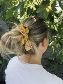 Froezel Yellow Flower