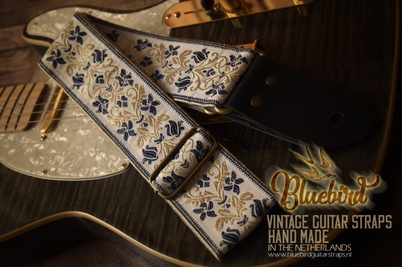 Bluebird Vintage & Rare Series - Vintage Blue Flowers Pattern