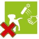 Gooi niet met vuurwerk naar mens of dier