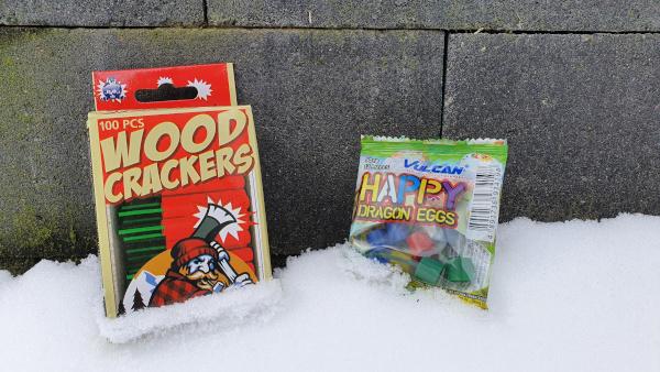 Woodcracker versus Happy Dragon Egg
