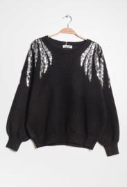 trui met zilveren versiering zwart