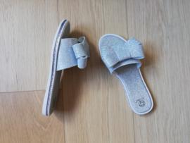 slippers strik zilver