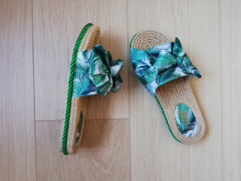 slippers tropical green