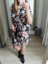 stretchende jurk met mooie bladmotief