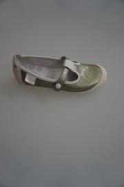 Bana, lakleren bandschoen met stootneus, wit zilver/champagne grijs, leer gevoerd, old silver/gold  33 34